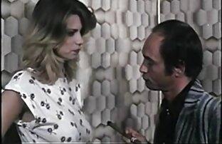 pareja atrapada en el sexo xxx en español latino ascensor