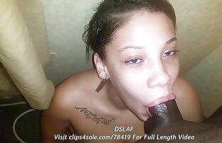 Bombshell es atrapada videosxxx latinos en la ducha por su novia y se la come