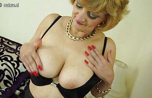La jovencita Aurora Monroe estira su coño con una gran porno ameteur latino polla